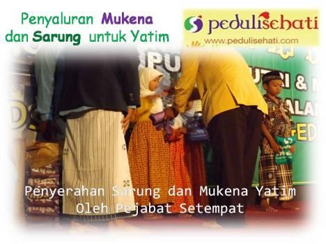 Penyaluran Mukena dan sarung  untuk Yatim DS 25 Mei 2014 (2)